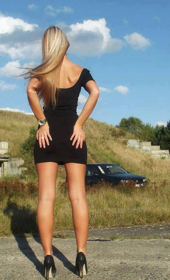 Volkswagen et ses donzelles ... - Page 36 6166481010432640868082607402859016513n