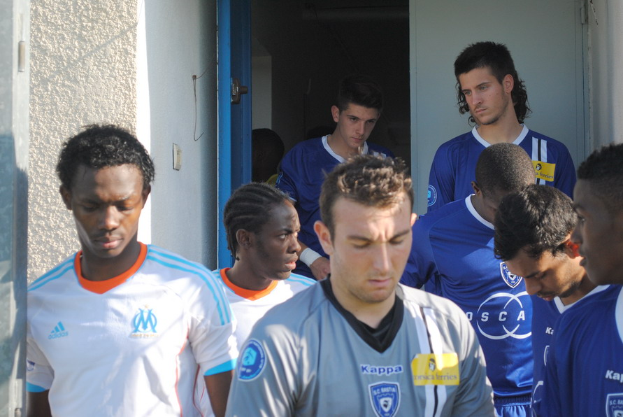 OLYMPIQUE DE MARSEILLE  :LE 11 NOVEMBRE 2012  LES U19 NATIONAUX OM ET LA  RESERVE OM .. UNE JOURNEE CORSE BIEN REUSSIE !!! - Page 2 622995DSC0105