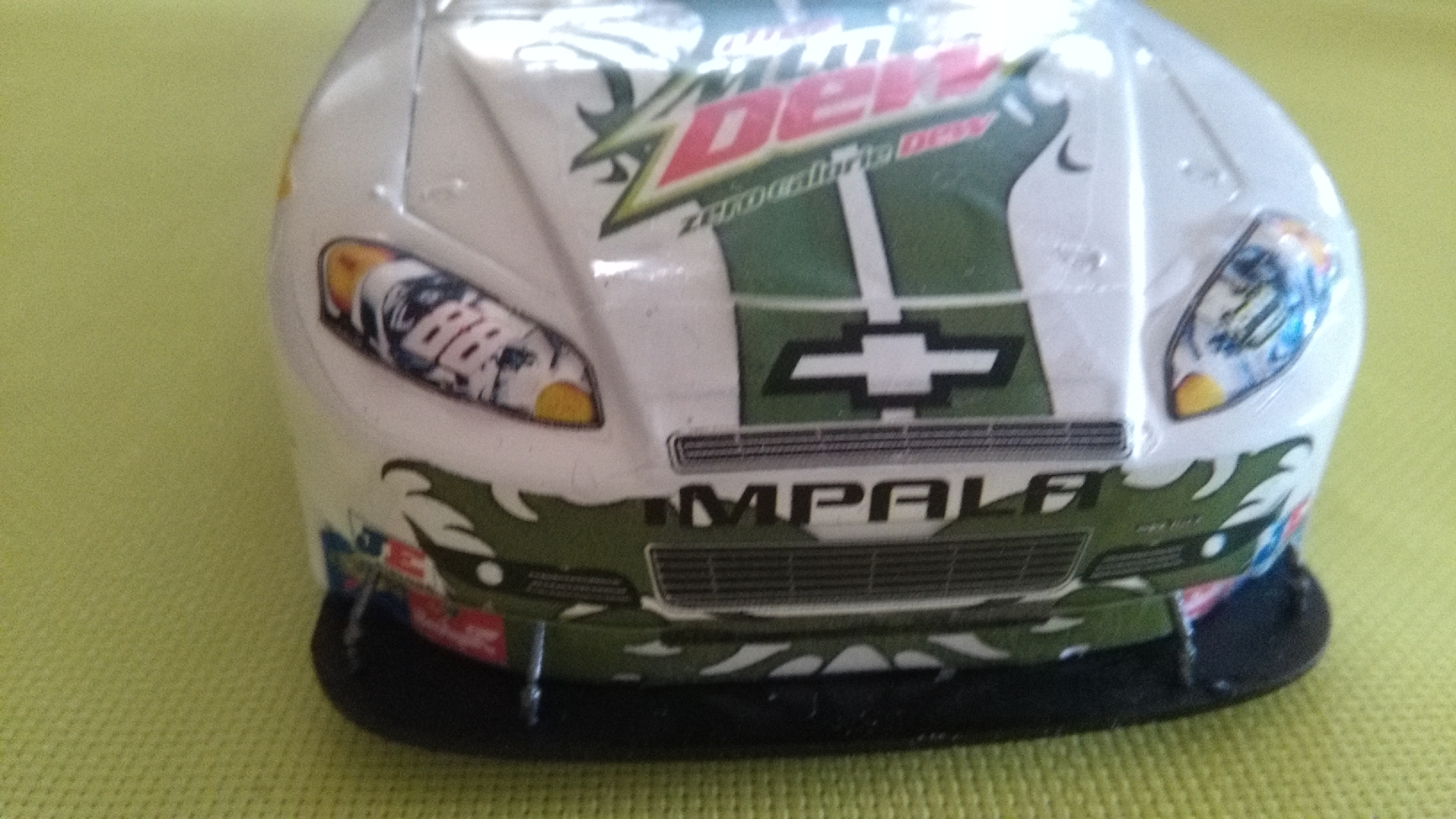 Chevy Impala 2010 #88 Earnhardt jr Mountain dew diet 629405IMG20160320150423
