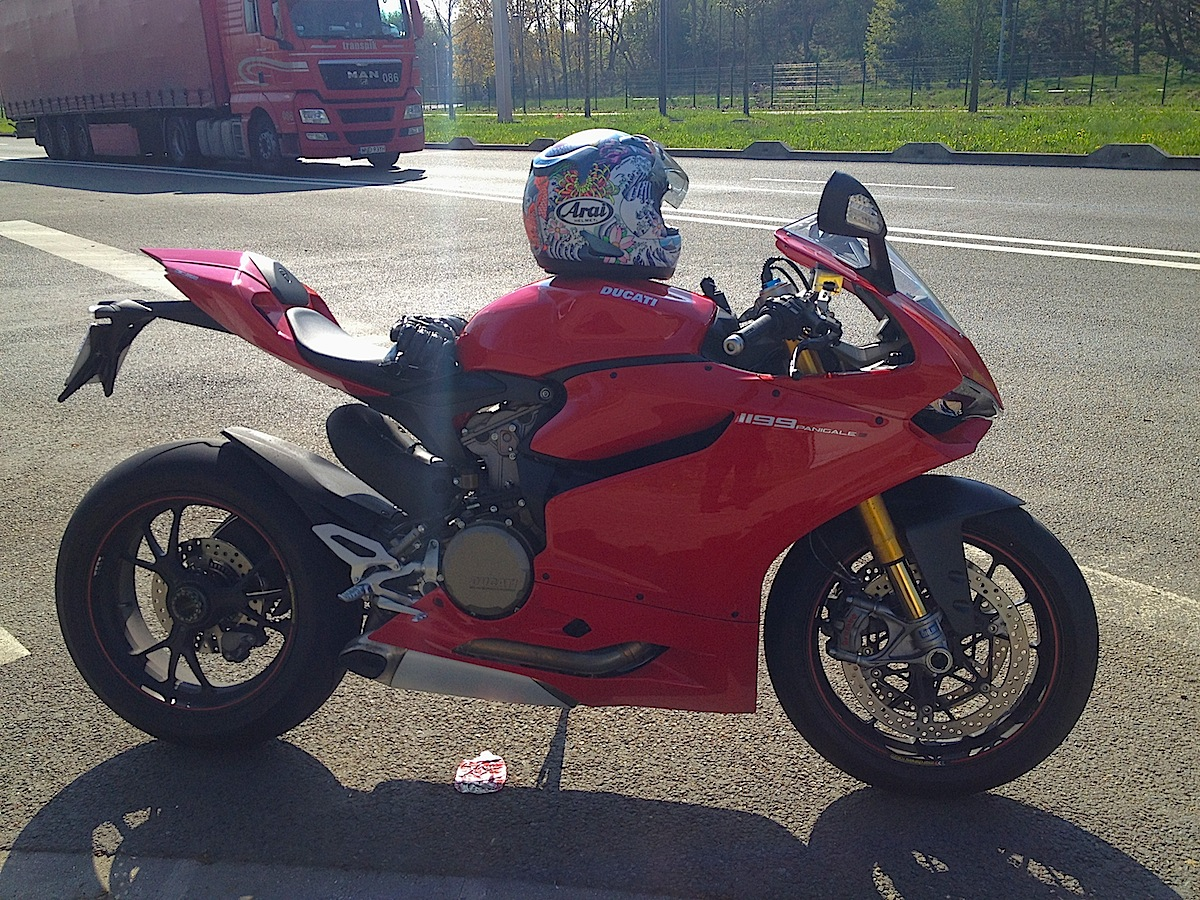 ducati 1199 Panigale ( Topic N°2 ) - Page 37 629631IMG0084