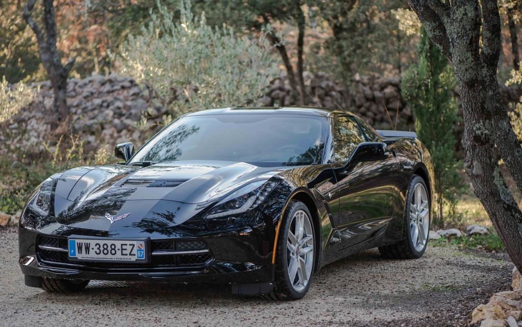 C7 coupé noire.........  632306DSC2095