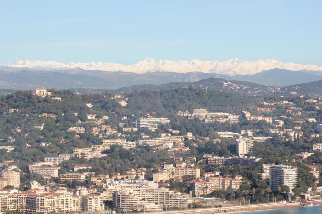 VOL en Robinson R44 autour de LFMD Cannes-Mandelieu 633468IMG7245