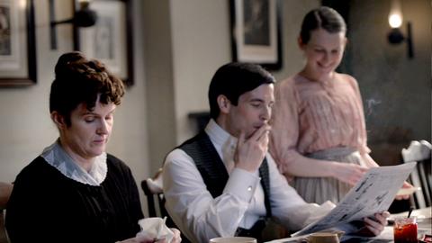Downton Abbey - Page 4 6339641x02282