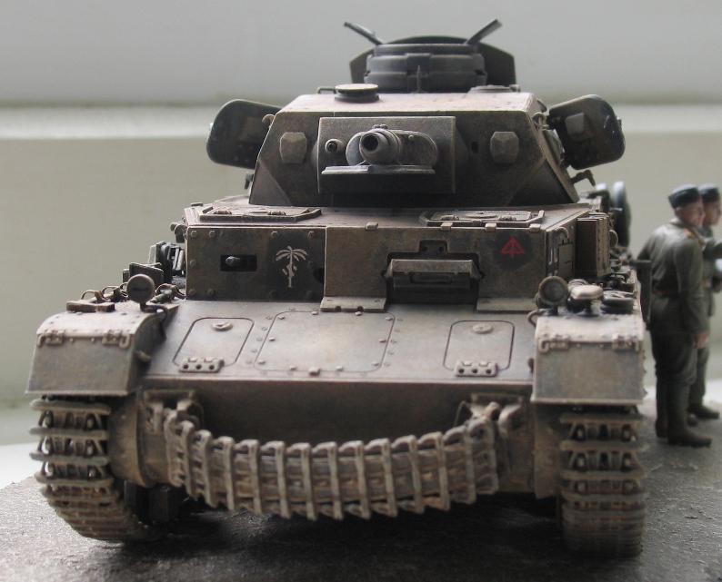 Pz IV ausf E DAK  Dragon 1/35 633989IMG0015