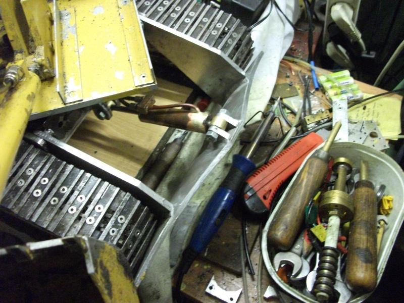 pelles électro hydrauliques LIEBHERR 964 B - Page 13 638805002