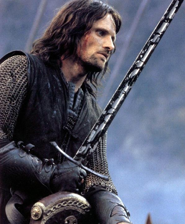 Le Seigneur des Anneaux / The Hobbit #3 639906AragorninTheTwoTowersaragorn34519308597720