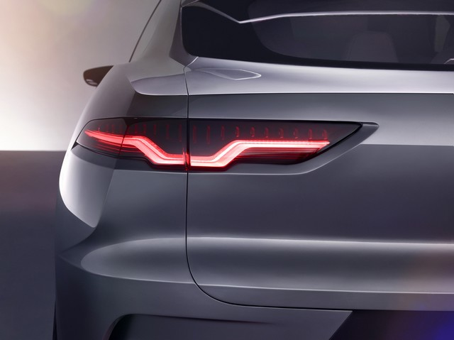Jaguar Dévoile Le Concept I-PACE : Le SUV Électrique Performant 641337jagipacestudioexteriordetail14111601a