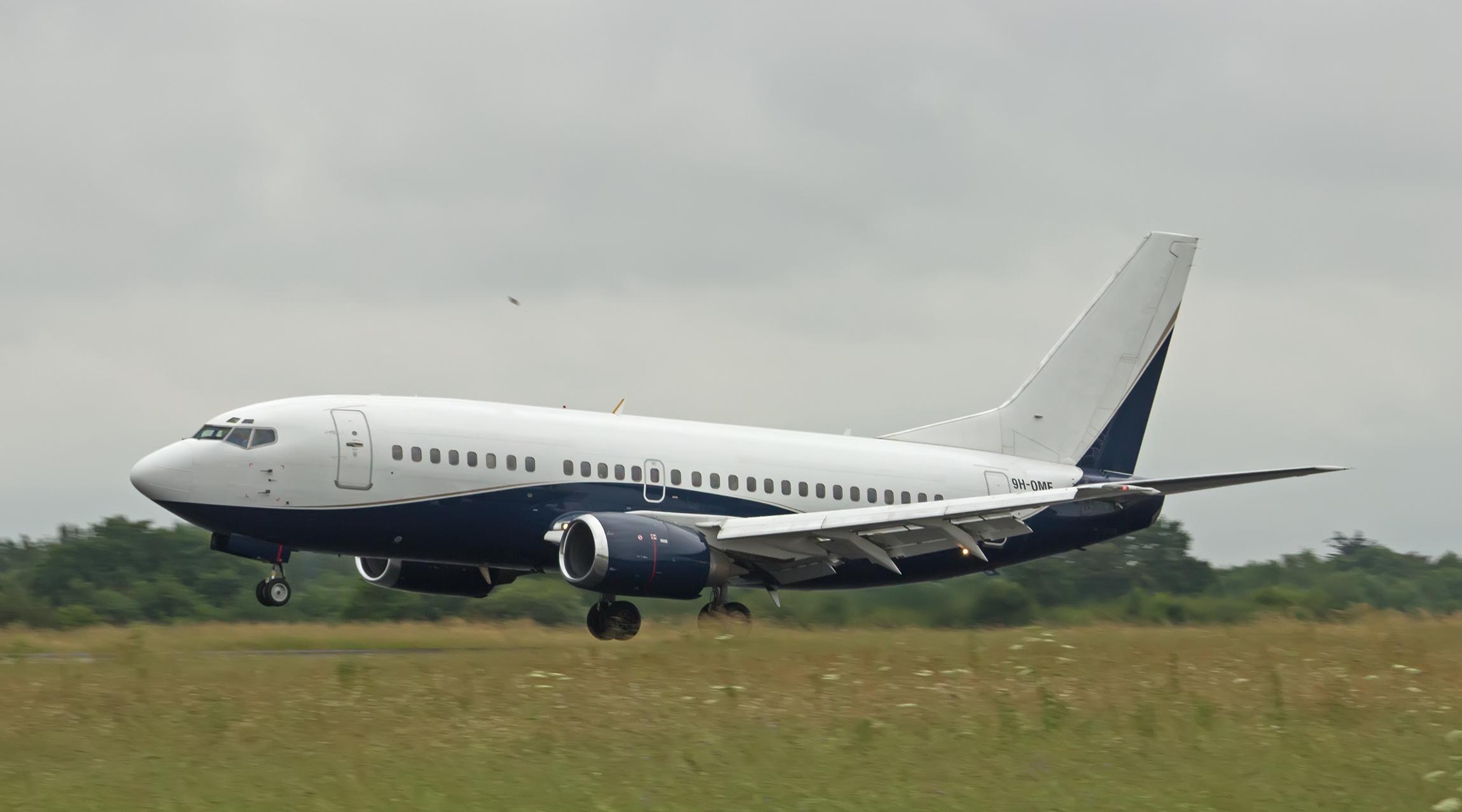 [01/05/2016] Boeing 737-500 (9H-OME) Air X Charter 643096Nantes2016061101