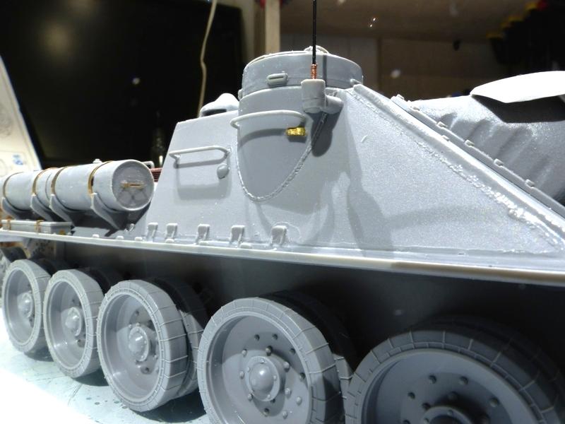 SU-100 - DRAGON 1/35 - Page 2 645065P1020836