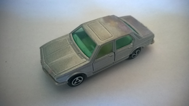 N°256 BMW 733  645289WP20150518096
