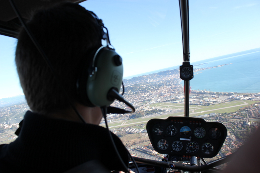 VOL en Robinson R44 autour de LFMD Cannes-Mandelieu 645959IMG7237