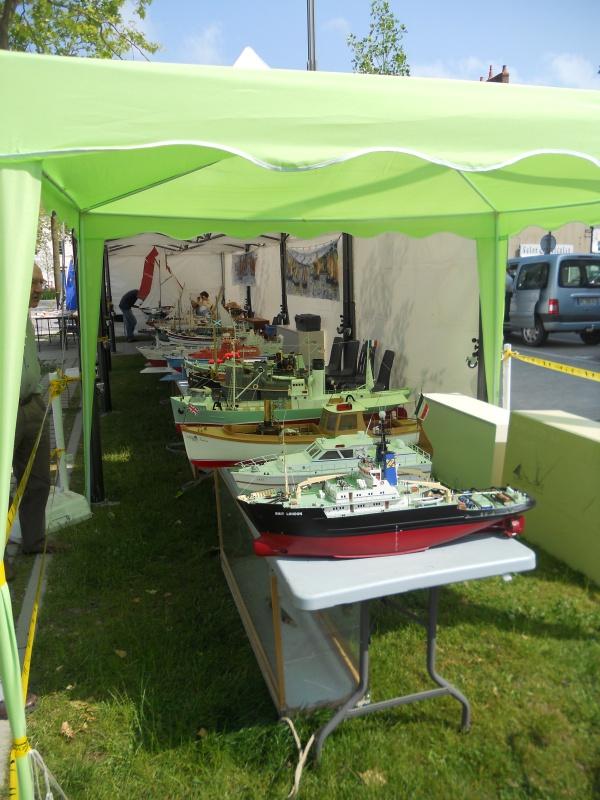 démo de maquettes navigantes sur la place Napoléon à la Roche S/Yon le 31 Mai et le 1er Juin 652652DSCN4048