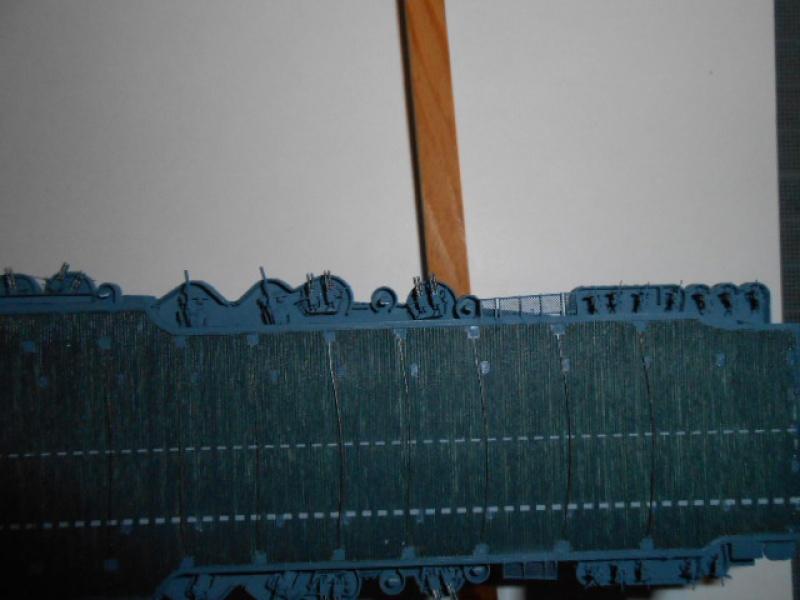 Le Saratoga 1/700 Tamiya pont en bois + PE 654525posar009
