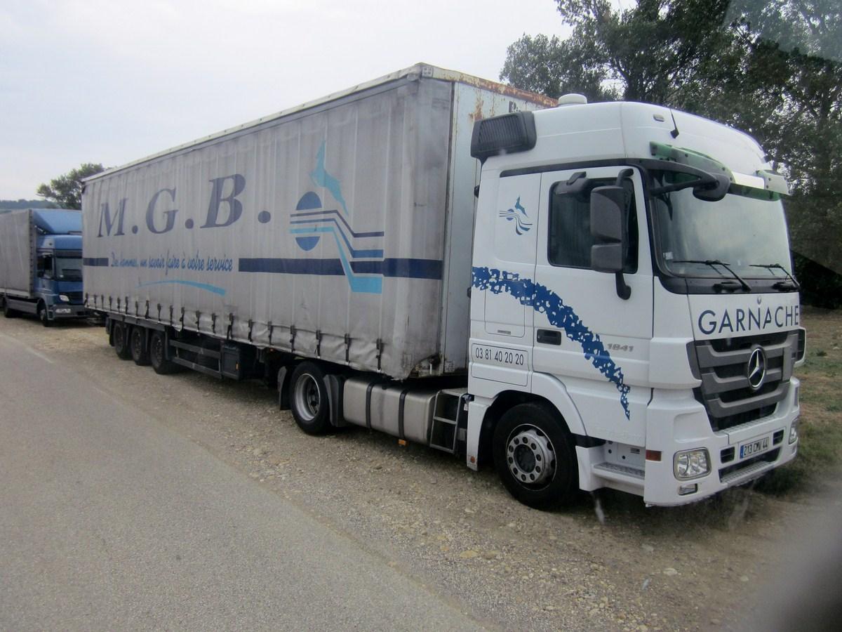MGB  Transports Garnache (Ecole Valentin, 25) 654794photoscamions22VIII1238Copier