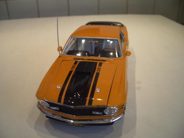 mustang 1970 MACH 1  au 1/24 de chez revell  657509IMGP8831