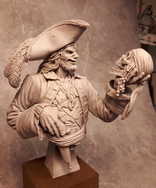 Buste de Pirate - FINI !!!!!! 659082bustePirate3