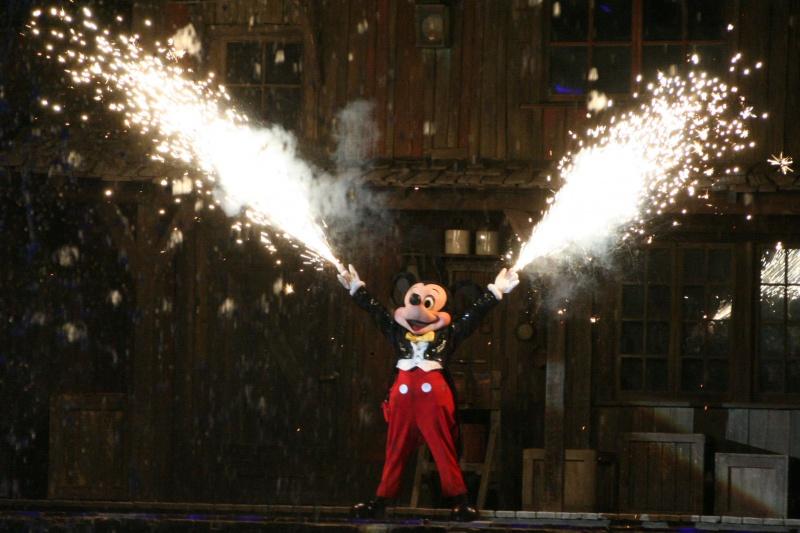 [18-31 octobre 2014] Voyage de noces à Walt Disney World et à Universal - Page 20 659286FantasmicMickeybyxfkirsten