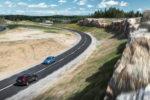 Bientôt un futur sans accident pour Volvo Cars grâce à l'ouverture du centre d'essais AstaZero 659595AstaZeroRuralroad4