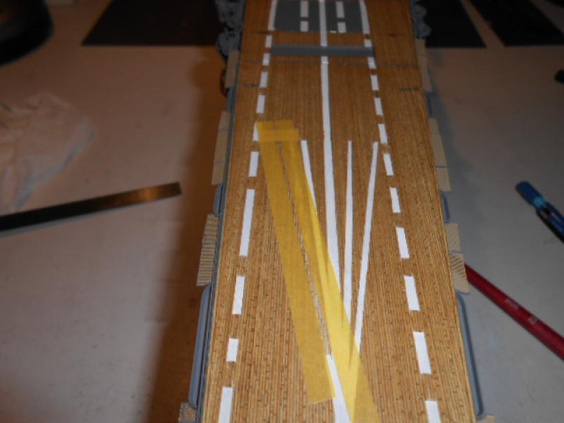 PA AKAGI 1/350 de chez Hasegawa PE + pont en bois par Lionel45 - Page 5 661043Peintureaka017