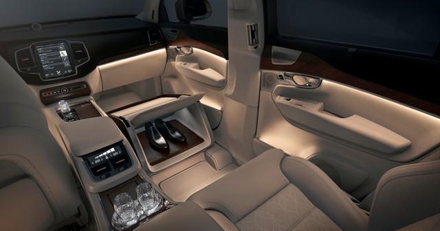 Volvo Cars a dévoilé Sa Nouvelle Lounge Console à Shanghai 661322161573VolvoXC90ExcellenceLoungeConsole