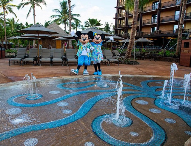 [Disney Vacation Club] Aulani, a Disney Resort & Spa (29 août 2011) - Page 7 663176AU1