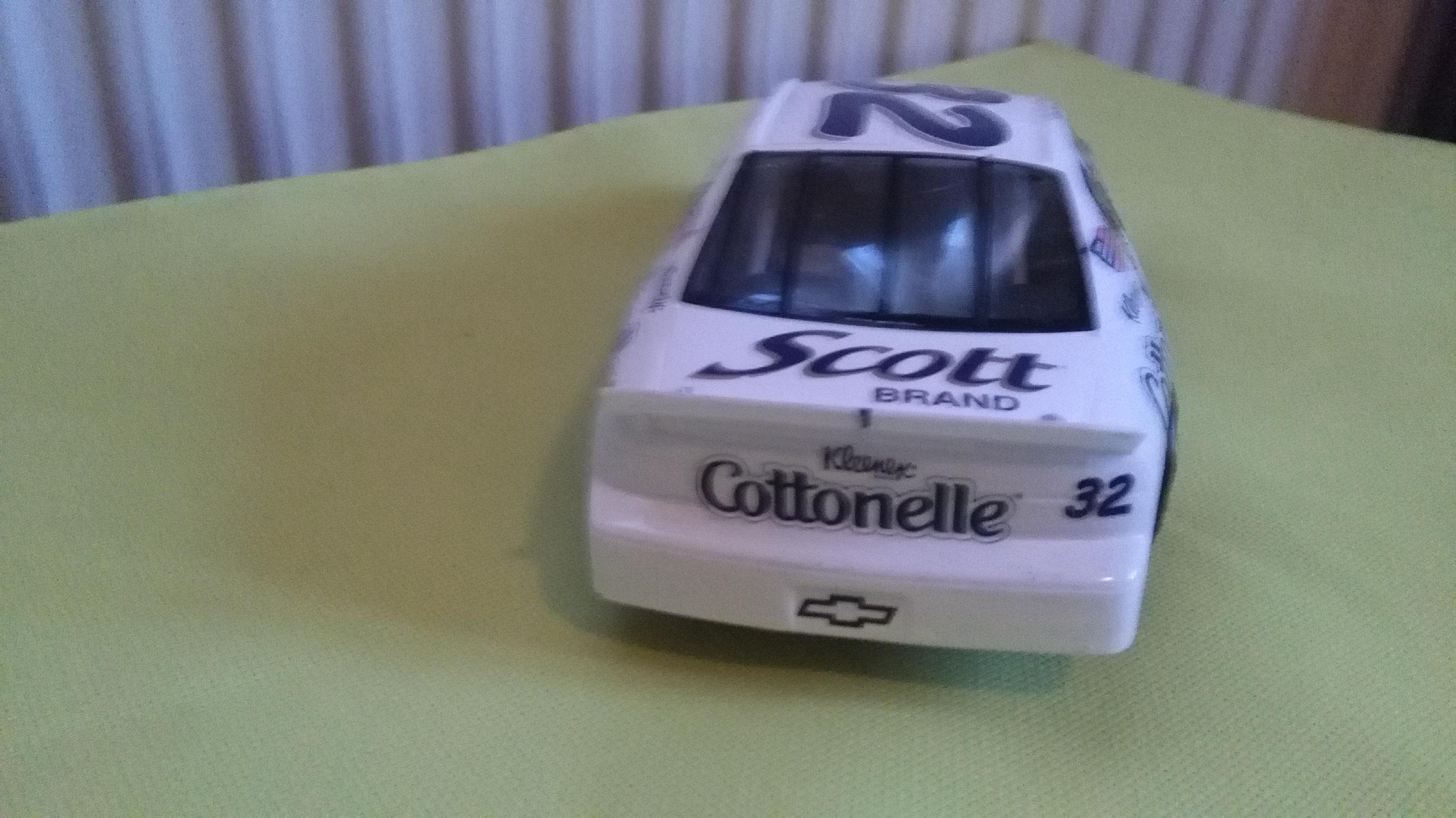Chevy Monte-Carlo 1998 #32 Jeff Green Kleenex-Cottonelle   663879IMG20160207171316
