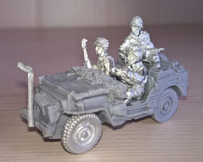 Bolt Action  - Quelques blindés ! 664160Jeep1