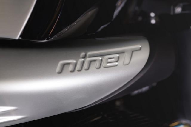 BMW Motorrad : accessoires « Machined » pour les BMW R NineT. 665977P90245881highResbmwrninetxroland