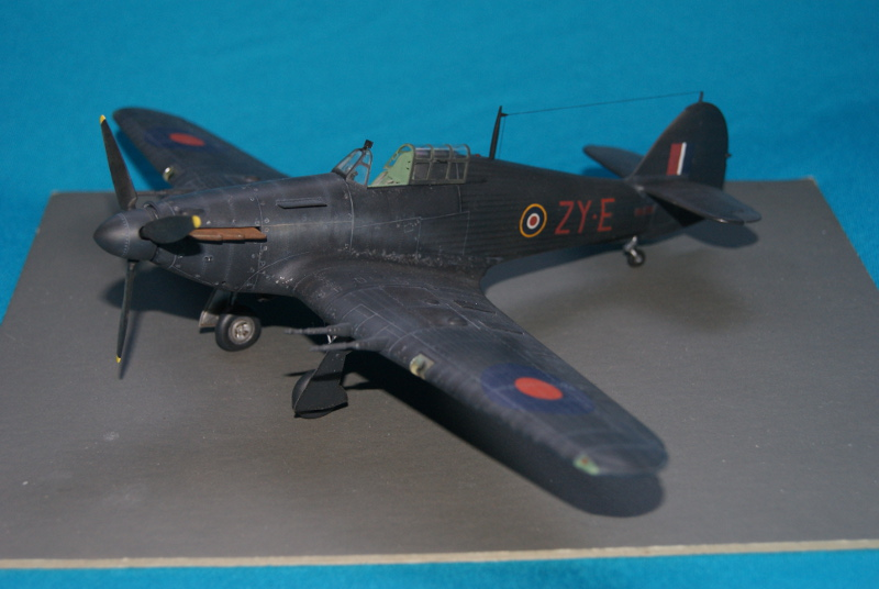 Hawker Hurricane IIC italeri 1/48 - Page 3 666169hurricane41