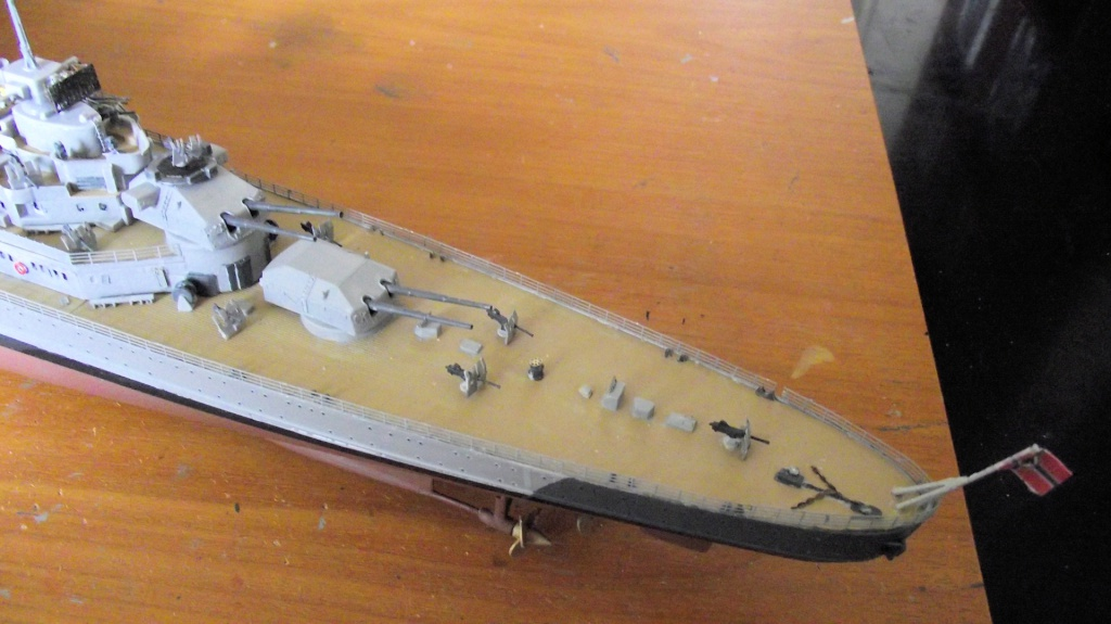 Prinz Eugen Trumpeter au 1x350 avec PE 668456PrinzEugen1x35048