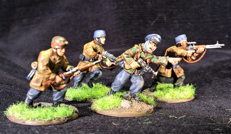Bolt Action  - Quelques blindés ! 668861Fallschirmjager11