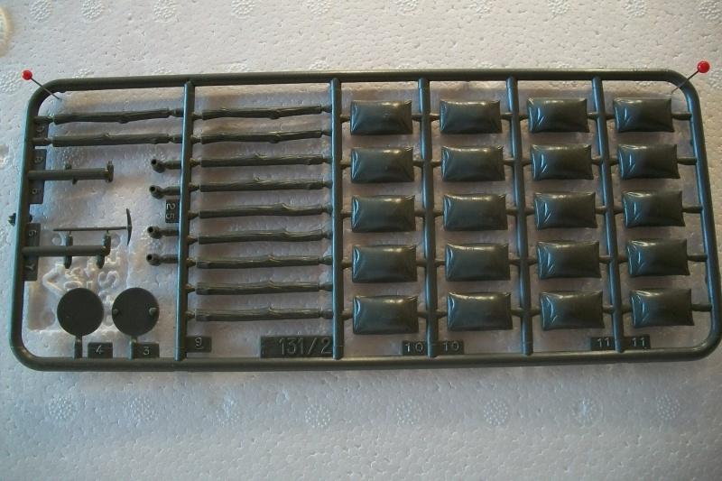 Equipement de Combat (Réf.131) Accessoires Divers 1/35 674604Heller131EDCAccessoiresDivers005