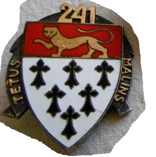 Insigne du 241e RI 675236Sanstitre