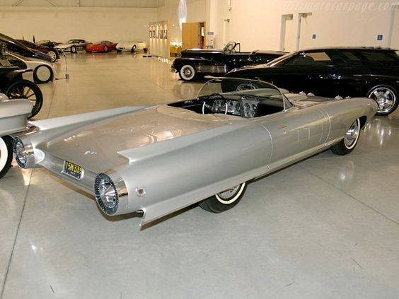 pour se rincer l'oeil - Page 3 678506cadillaccyclone1959