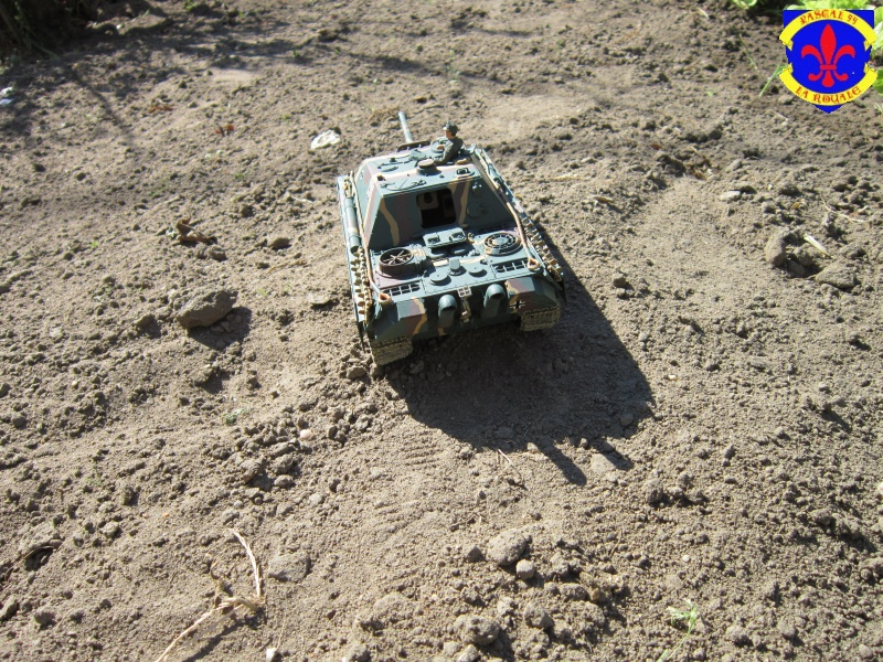 Jagdpanther Sd Kfz 173 de Tamiya au 1/35° 680226IMG1016L