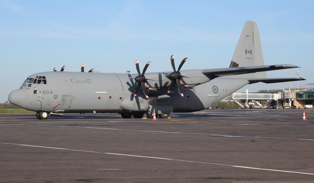[14-15/11/2013] Lookheed Hercules C130J (130604) Canada Air Force 681662IMG5051
