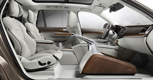 Volvo Cars a dévoilé Sa Nouvelle Lounge Console à Shanghai 683972161572VolvoXC90ExcellenceLoungeConsole