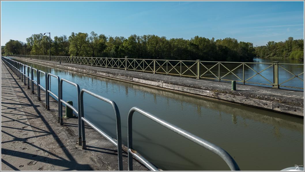 Pont canal sur l' allier 685997LR6DSC07241
