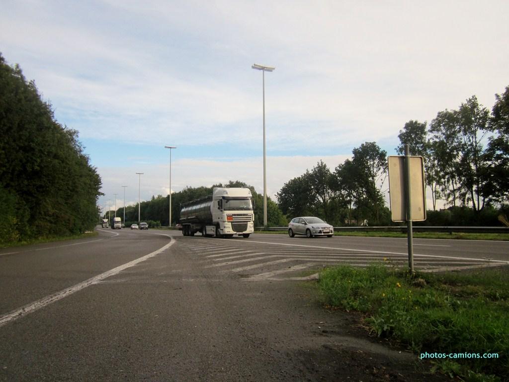 Divers Belgique - Page 6 686257photoscamions16IX201218Copier