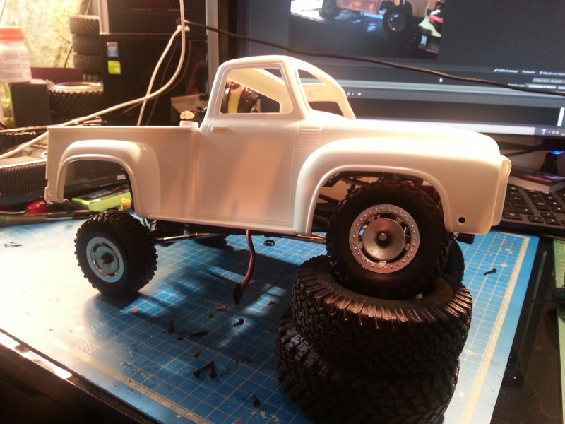 Ford 100 scale 68758620150501143754