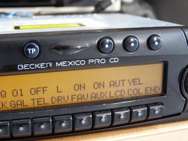 Smartphone sur autoradio vintage (1986/ 2002)? Acte 1 688064P1270108