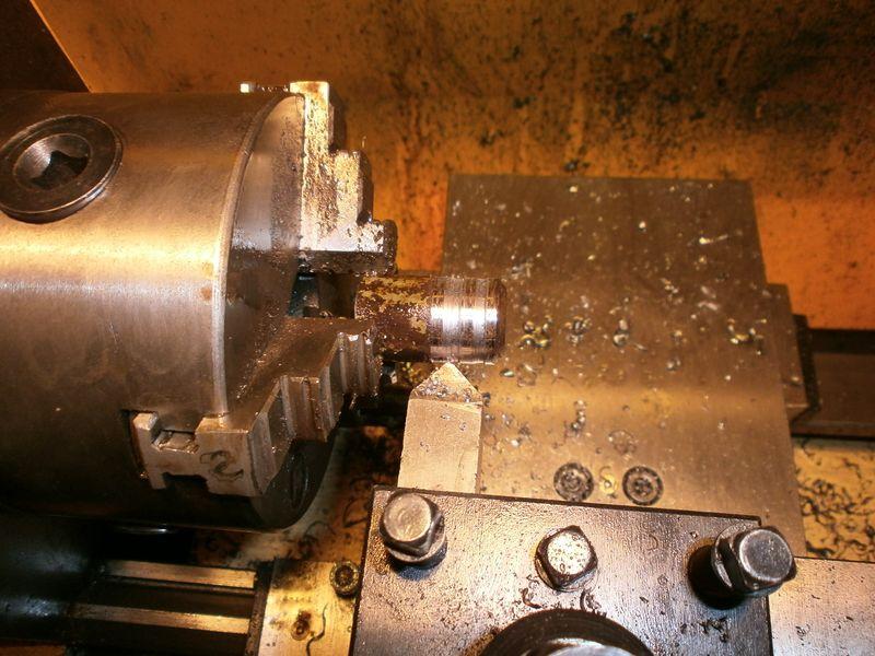 """Fabrication d'un """"bouchon"""" pour mon bac à copeaux pour récupérer le fuide de coupe 688498PB100044"""