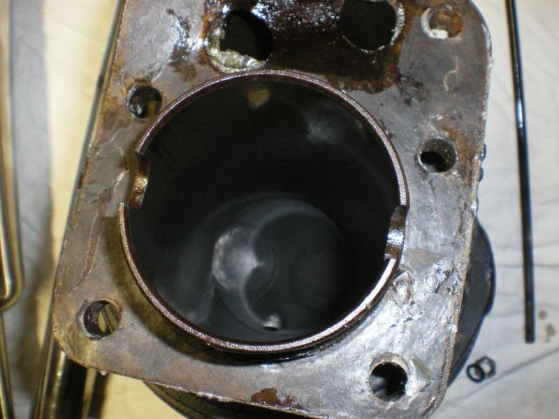 Débris dans dans pompe à huile C11 691785IMGP1383