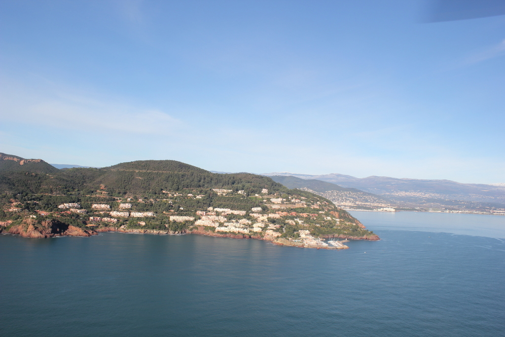 VOL en Robinson R44 autour de LFMD Cannes-Mandelieu 692170IMG7178