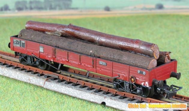 Wagons plats à bogies maquette et semi maquette chargés 692977VBTPUSmaquettebogieschargboisIMG3348