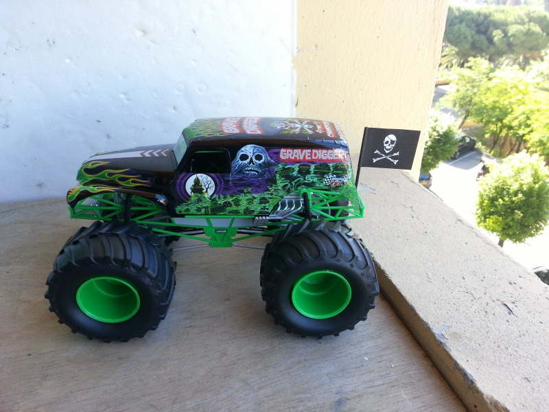 Grave Digger. 69301120160610092208