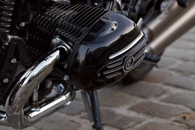 BMW Motorrad : accessoires « Machined » pour les BMW R NineT. 695397P90245886highResbmwrninetxroland