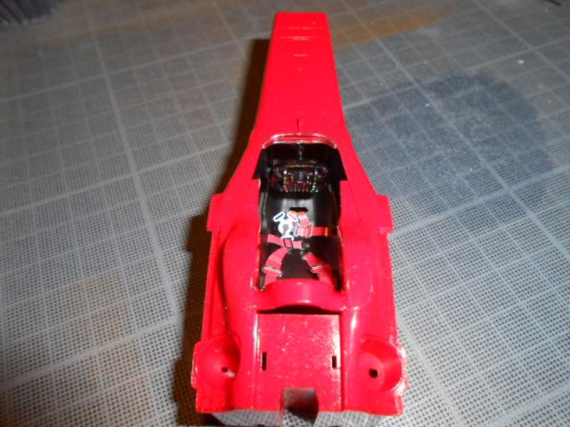 Ferrari  F60  de Tamiya au 1/20° 698469tare003