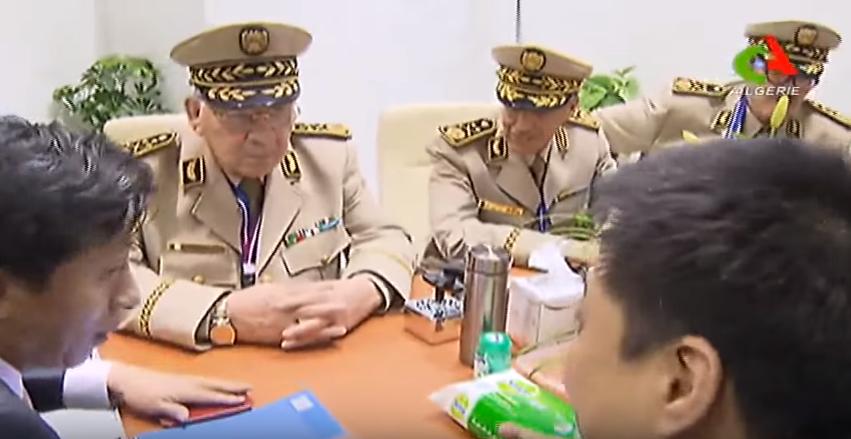 الجزائر : صلاحيات نائب وزير الدفاع الوطني 7009094155