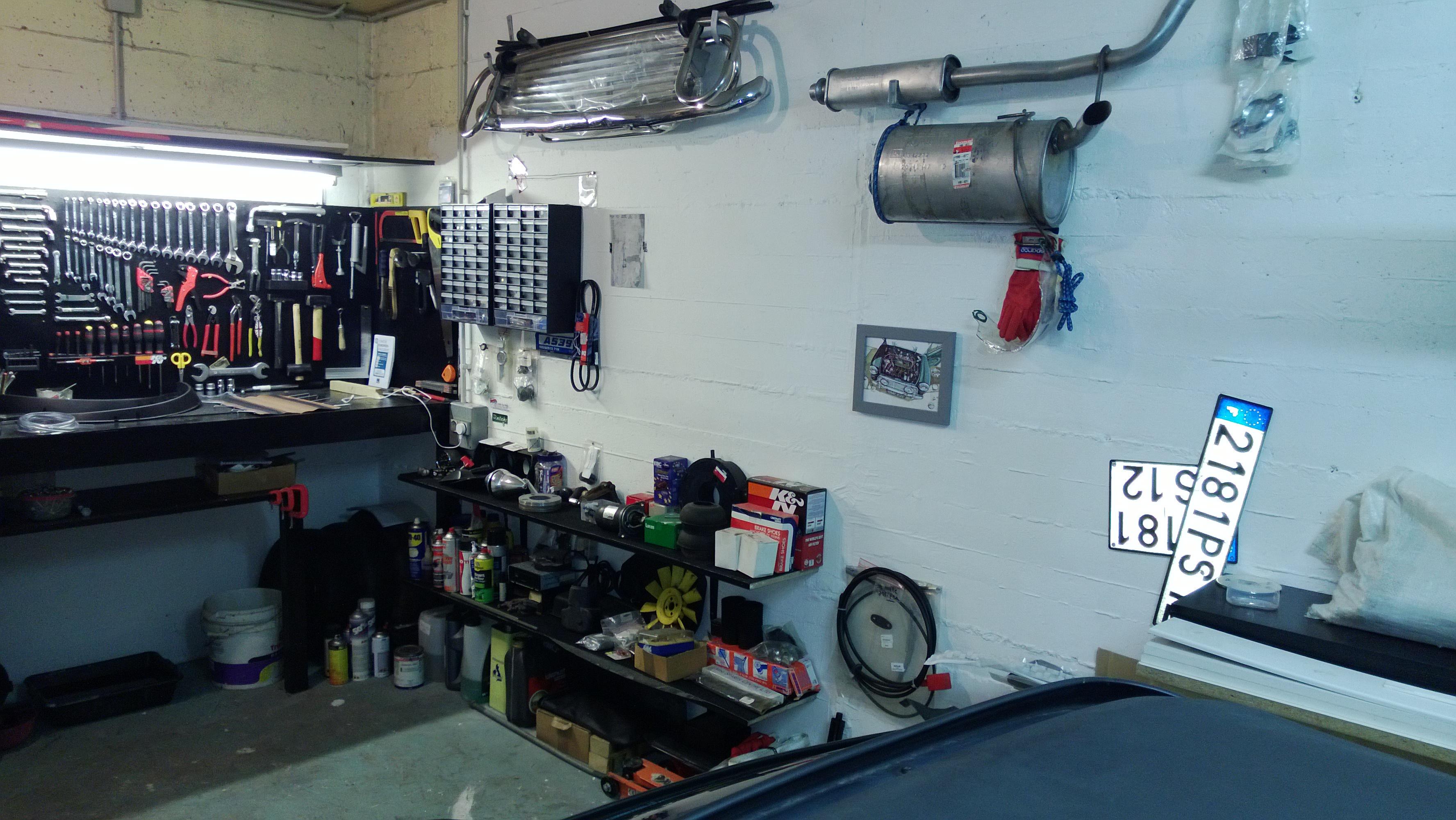 Garages et aménagements bricolage 703609WP20130620030